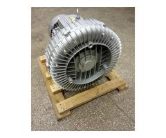 Вихревая воздуходувка (компрессор/вакуумный насос)